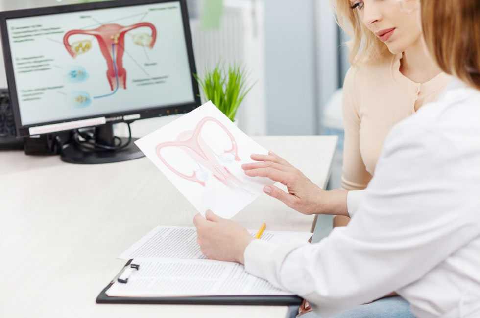 medico_ginecologista_jau